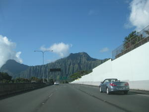 Road_in_kaneohe_3